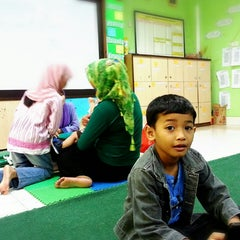 Photo taken at Sekolah Islam Al Azhar by Muhammad A. on 12/21/2013