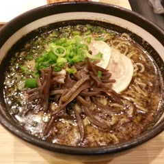 Photo taken at Santa Ramen by Max H. on 3/18/2013