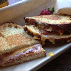Photo taken at The American Grilled Cheese Kitchen by Ryan J. on 5/21/2013
