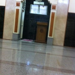 Photo taken at Masjid Al-Manar by BAS 2. on 12/16/2012