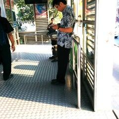 Photo taken at Halte TransJakarta Pasar Baru Timur by Stallone T. on 10/13/2014
