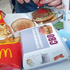 Photo taken at McDonald's by Alejandro S. on 1/16/2014