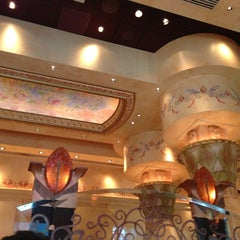 Photo taken at The Cheesecake Factory by Antonio B. on 1/7/2013