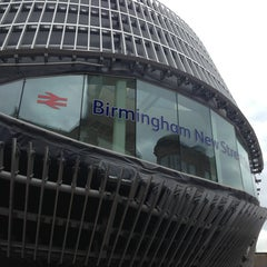 Photo taken at Birmingham New Street Railway Station (BHM) by Ian T. on 6/11/2013