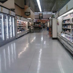 Photo taken at Cub Foods by Michael Q. on 11/10/2012