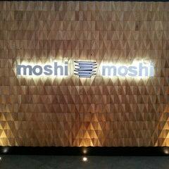 Photo taken at Moshi Moshi by elbuenrobert on 4/1/2013
