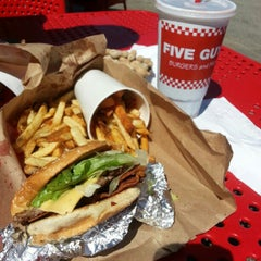 Photo taken at Five Guys by Kevin S. on 9/26/2012