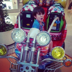 Photo taken at Centro Comercial Los Alcores by David R. on 7/24/2015