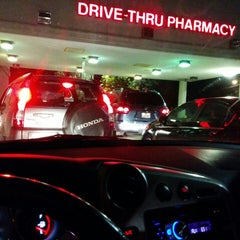 Photo taken at Walgreens by Leslie H. on 10/1/2014