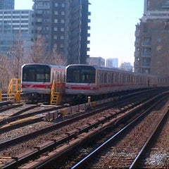 Photo taken at 後楽園駅 (Kōrakuen Sta.)(M22/N11) by AKIHIKO K. on 12/25/2012