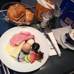 Photo taken at Café Rischart by Christian D. on 10/26/2012