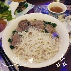 Photo taken at Phở Vietnam by Taryn T. on 2/16/2015