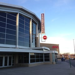 Photo taken at AMC Showplace Coon Rapids 16 by Mr. E. on 11/20/2012