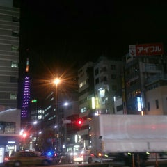 Photo taken at 大門 交差点 by w m. on 10/1/2015
