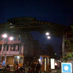 Photo taken at Pasar Induk Caringin by Neng Nurmala S. on 3/29/2013