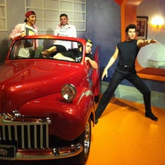 Photo taken at Madame Tussauds Hollywood by Roman C. on 5/5/2013