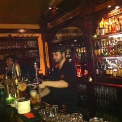 Photo taken at Kilkenny Irish Pub by Hugi C. on 2/8/2013