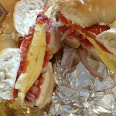 Photo taken at Moe's Broadway Bagels by Pedro S. on 12/22/2012