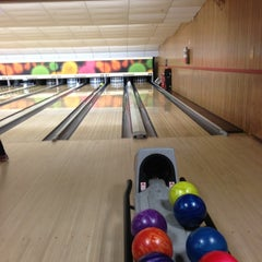 Photo taken at Astoria Bowl by Louis C. on 11/4/2012
