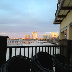 Photo taken at Hemingway's Island Grill by Robert A. on 4/7/2013