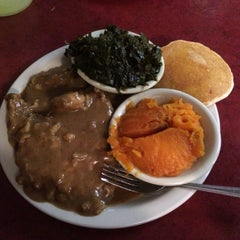 Photo taken at Kountry Kitchen by Patrick R. on 5/7/2015