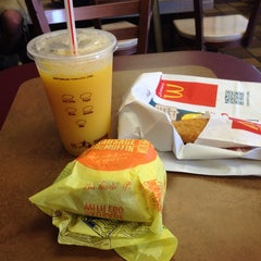 Photo taken at McDonald's by Darren M. on 7/12/2014