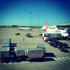 Photo taken at Brisbane Domestic Terminal by Herdiansyah P. on 5/17/2013