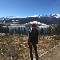 Photo taken at Sapphire Point Overlook by Megan B. on 11/10/2015