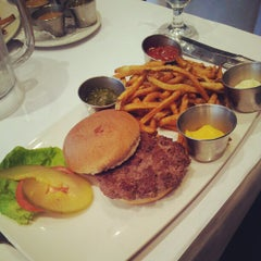 Photo taken at Le Steak Frites St-Paul by Paloma on 12/28/2012