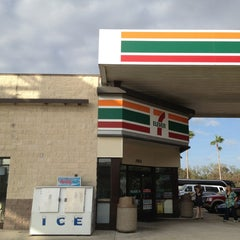Photo taken at 7-Eleven by Drew P. on 12/26/2012