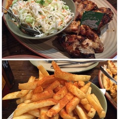 Photo taken at Nando's by 冬梅 R. on 9/30/2014