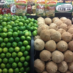 Photo taken at Pete's Fresh Market by Aaron R. on 10/21/2012
