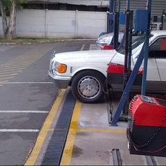 Photo taken at Planta Revisión Técnica TÜV by Alejandro W. on 12/20/2012