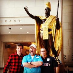 Photo taken at King Kamehameha Statue by Chad M. on 10/9/2014