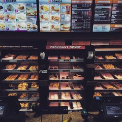 Photo taken at Dunkin' Donuts by Brandon G. on 3/15/2015