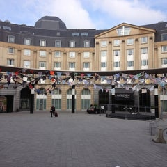 Photo taken at Gare de Bruxelles-Central / Station Brussel-Centraal by Yury S. on 4/27/2013