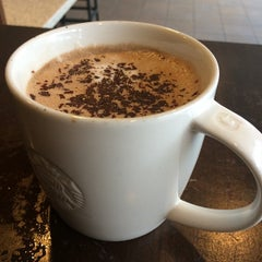 Photo taken at Starbucks by Artulus I. on 11/26/2014