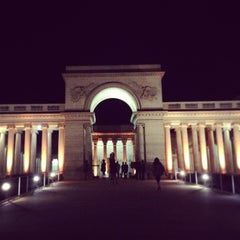 Photo taken at California Palace of the Legion of Honor by Charise W. on 12/11/2012