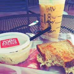 Photo taken at Starbucks by Vivian L. on 9/28/2012