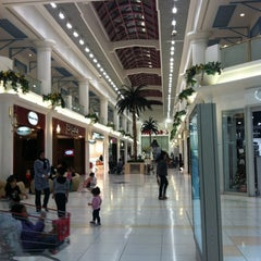 Photo taken at Landmark Mall | اللاندمارك by Carmin C. on 12/7/2012
