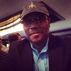 Photo taken at Morton's The Steakhouse by Paul R. on 8/13/2014