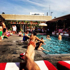 Photo taken at Shoreditch House by Tom J. on 7/14/2013