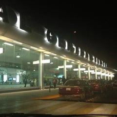 Photo taken at Central de Autobuses del Sur by América B. on 11/27/2012