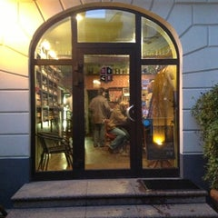 Photo taken at S. Brevinga alus salons by Darth Vader всея РБ on 10/12/2012