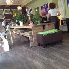 Photo taken at KaffeeRaum by Da N. on 4/13/2014