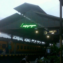 Photo taken at Stasiun Lempuyangan by Ignaz R. on 2/28/2013