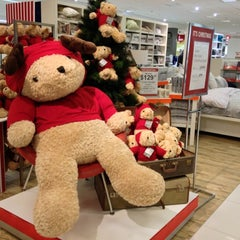 Photo taken at Myer by Melly T. on 10/13/2012