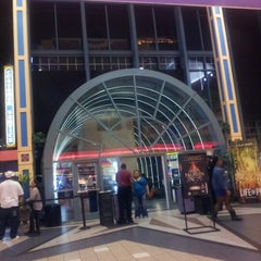 Photo taken at Regal Cinemas Atlantic Station 18 IMAX & RPX by Ricky L. on 10/20/2012