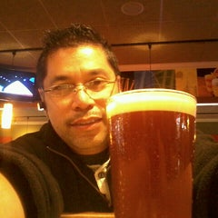 Photo taken at Applebee's by Don (The Tint Dr.) R. on 9/27/2013
