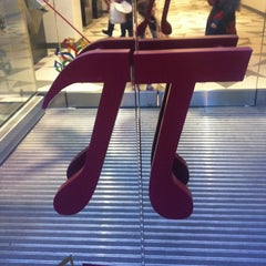 Photo taken at Museum of Mathematics (MoMath) by Edgar G. on 1/5/2013